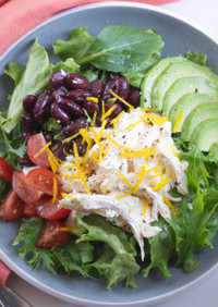 サラダチキンとモッツァレラのパワーサラダ