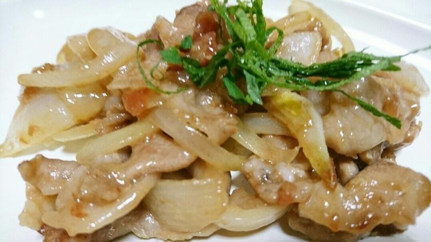 豚こま肉と玉ねぎの梅生姜焼き