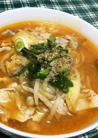 サリ麺で味噌キムチラーメン