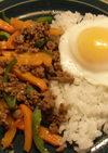 モンスーン風ガパオの炒めご飯