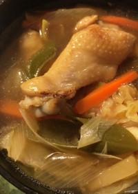 鶏手羽のサンラータン風スープ
