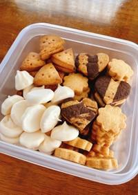 メレンゲクッキーと型抜きクッキー
