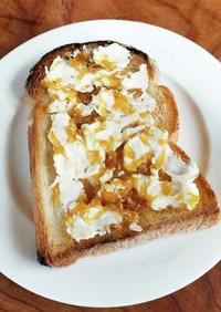 八朔ジャムとクリームチーズのトースト