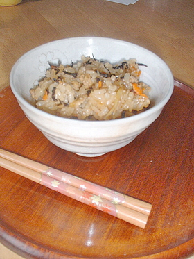 豚挽き肉の炊き込みご飯