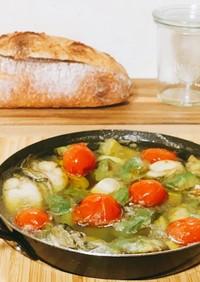 簡単♡牡蠣とアボカドのアヒージョ