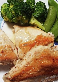 ストウブで簡単鶏むね肉の蒸し焼き