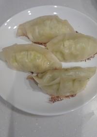 簡単節約☆豆腐とキャベツだけヘルシー餃子