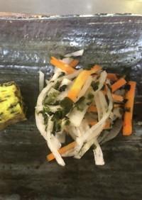 萩のしそワカメ、大根サラダ