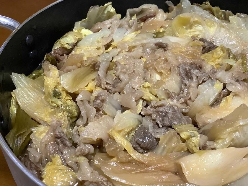 牛こま肉と白菜のミルフィーユ鍋すき焼き風