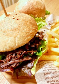猪肉deプルドポーク風バーガー