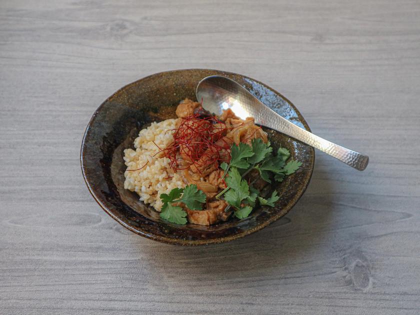 ソイミートで台湾の味!?ホロホロ魯肉飯