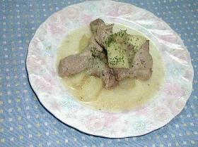 豚肉と林檎のワイン煮込み