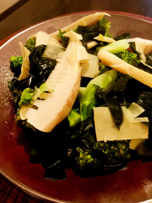 筍とわかめ、ブロッコリーの春煮物