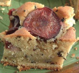 紅茶風味のプルーンケーキ