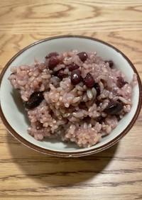 圧力鍋鍋で炊く黒豆&小豆入り玄米
