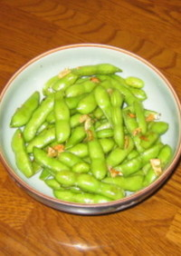 枝豆の塩茹で炒め