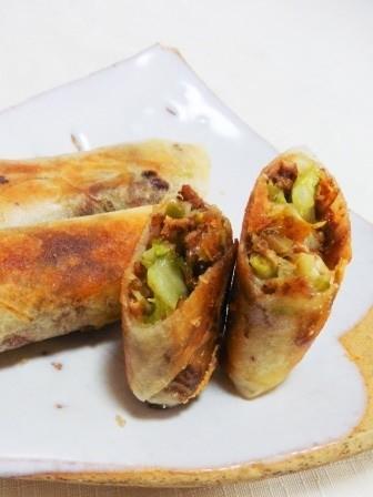 肉味噌とキャベツのチーズ春巻