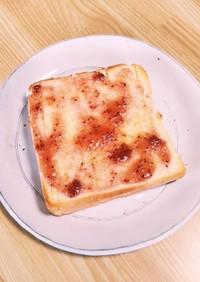 熱々!簡単ジャムバタートースト