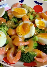 ブロッコリーと海老の酢味噌サラダ