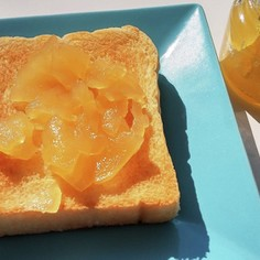 素朴な味わいとバニラの香りのりんごジャム