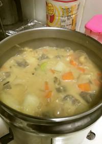 保温鍋を利用して美味しいもつ煮込み