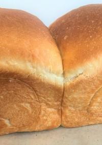 【生食パン】水を使わず牛乳と生クリームで