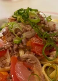 新玉ねぎとひき肉トマトの和風パスタ