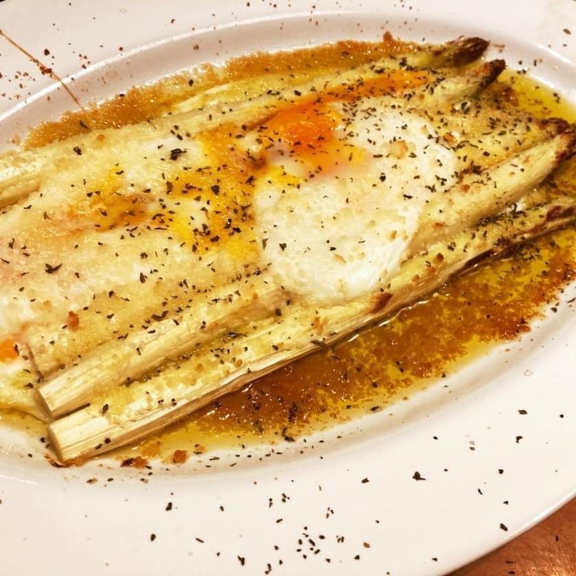 ホワイトアスパラと卵のイタリアングリル♪