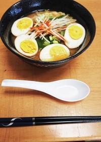 スープから作るピリ辛味噌ラーメン!