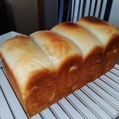 とかち野酵母と太白ごま油の食パン
