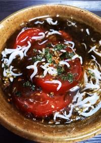 ひんやりトマトとしらすのもずく酢かけ