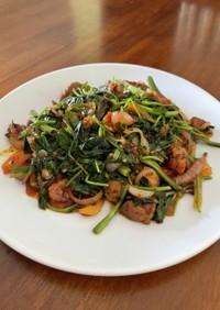 豚肉と空芯菜の甘辛炒め
