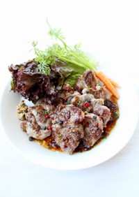 簡単【ラム肉のハーブソテー(バルサミコ)