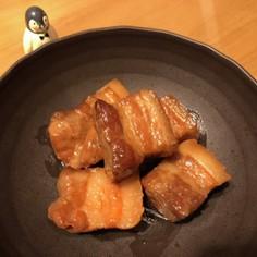 台所ペンギンの豚角煮