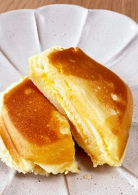 ホットサンドメーカーで3チーズ蒸しパン