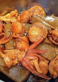 イカとホタテとこんにゃくの煮物