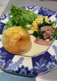 ほうれん草とベーコンの炒め物 簡単朝食