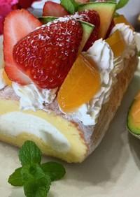 ロールケーキをフルーツデコしてみました♡