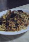 エバラ キムチ鍋の素で 海鮮キムチパスタ