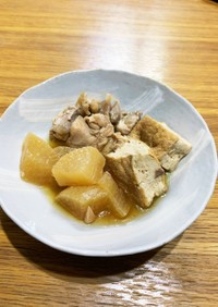 圧力鍋で、鶏肉と大根と厚揚げの煮物