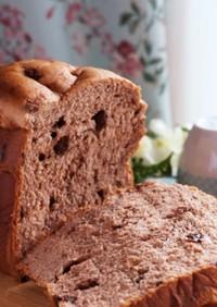 チョコとレーズンのふんわり食パン