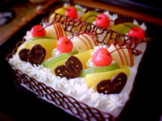 誕生日のデコレーションケーキ♥