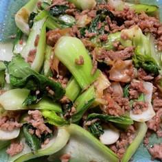 青梗菜と挽肉と桜海老のごま味噌炒め
