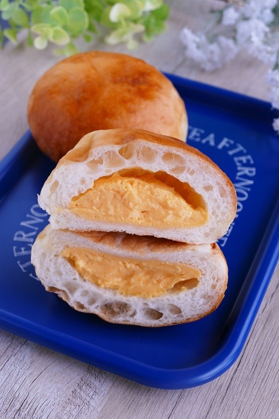 ひんやり冷やして食べるクリームパン