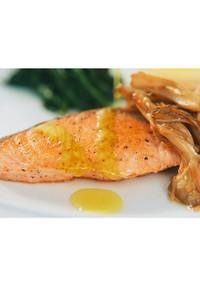 鮭とキノコのオリーブソテー