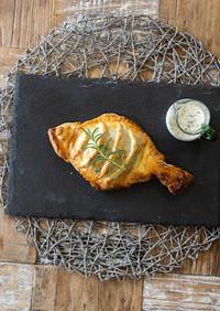 レモンバターソースで真鯛のパイ包み焼き