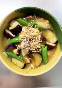 豆腐バーグ入ピリ辛冷麺スープ味ドーム蒸し