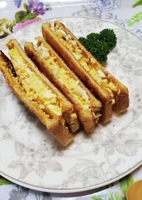 万能卵のフィリングのトーストサンド