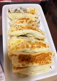 餃子の皮でサラダチキンのチーズ大葉巻き