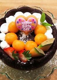 メロンで♪誕生日ケーキのデコレーション♪